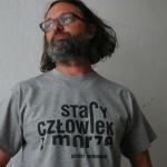 Czarek Zieliński w koszulce Stary człowiek i morze